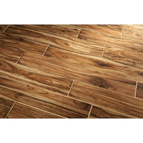 Wood grain ceramic tile at Lowes Monument House