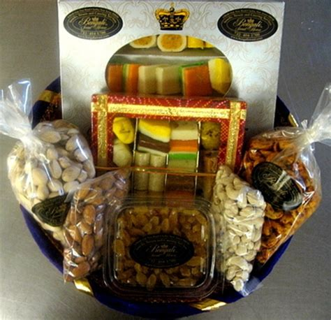 florista in Flowers To India Online Buy Gifts To India