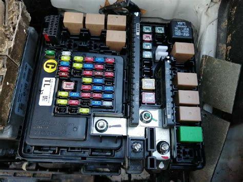 free download ebooks Fuse Box Hyundai Tucson 2006