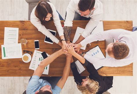 team building games business games and activities for