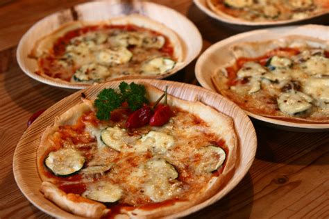 why is a table leaf called a leaf able2know