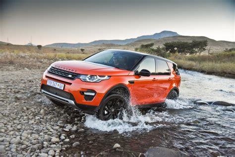 10 Crossovers With the Best Ground Clearance