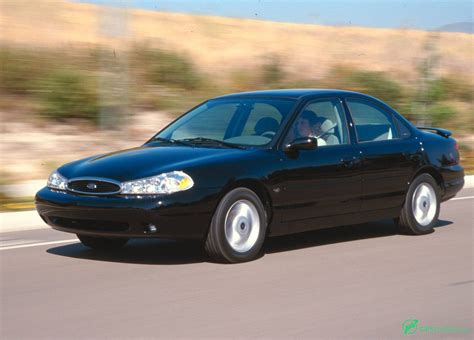 2000 Ford Contour Owners Manual