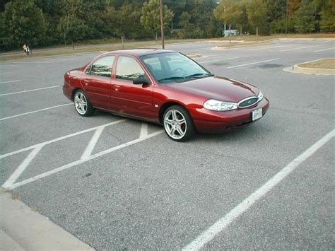 2001 Ford Contour Owners Manual
