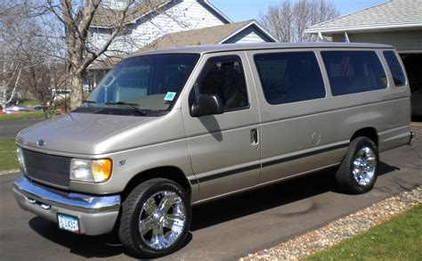 2001 Ford E350 Owners Manual