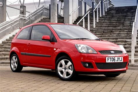 2002 Ford Fiesta Owners Manual