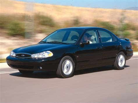2004 Ford Contour Owners Manual