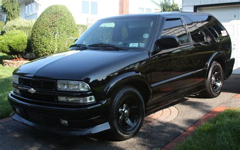 2004 Chevrolet S-10 Blazer Owners Manual