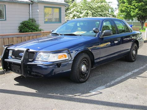 2005 Ford Crown Victoria Owners Manual