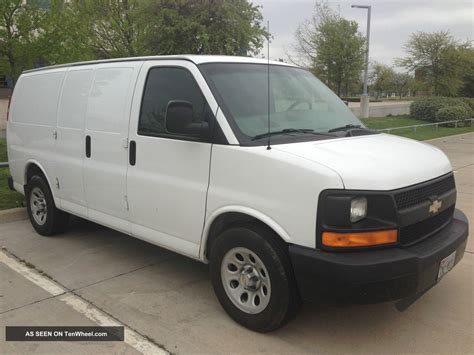2009 Chevrolet Express 2500 Owners Manual