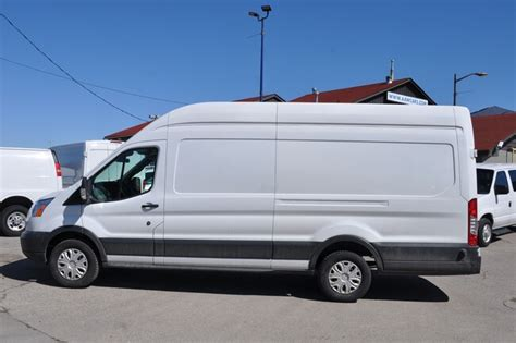 2010 Ford Transit-250 Owners Manual