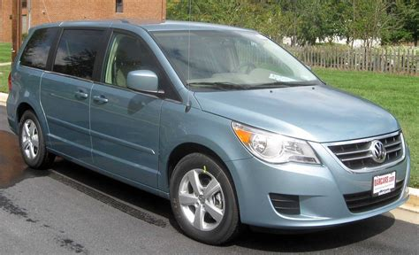 2010 Volkswagen Routan Owners Manual