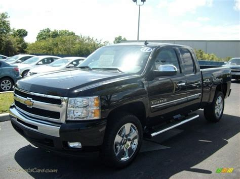 2011 Chevy Silverado 1500 4x4 Owners Manual