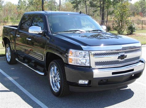 2011 Chevy Silverado LT Owners Manual