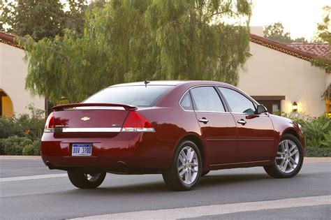 2011 Chevrolet Impala Limited Owners Manual
