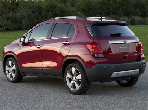 2011 Chevrolet Tracker Owners Manual