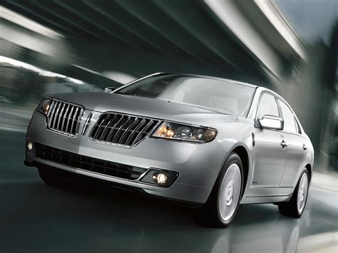 2012 Lincoln MKZ Hybrid Owners Manual