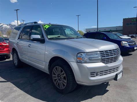 2012 Lincoln Navigator Owners Manual
