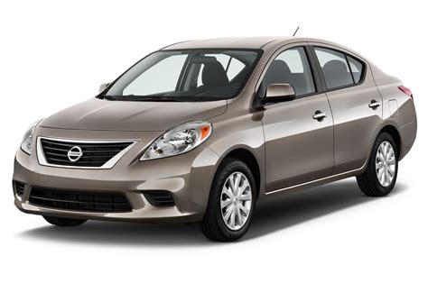 2012 Nissan Versa Owners Manual