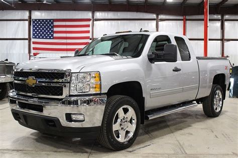2012 Chevrolet 2500 Owners Manual