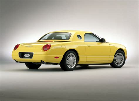 2013 Ford Thunderbird Owners Manual