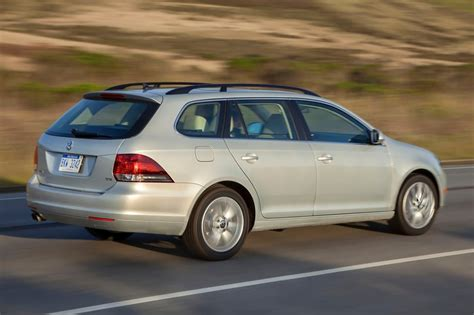 2013 Volkswagen SportWagen Owners Manual