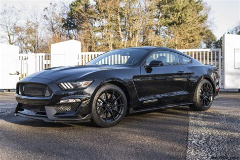 2016 Ford Shelby GT350 Owners Manual
