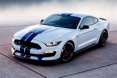2016 Ford Shelby GT500 Owners Manual