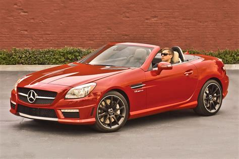 2016 Mercedes-Benz AMG SLK Owners Manual