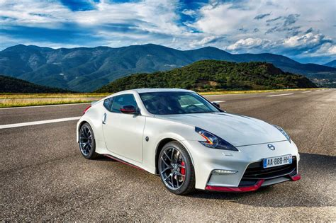 2016 Nissan 370Z Owners Manual
