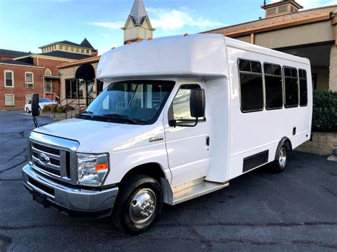 2017 Ford E350 Owners Manual