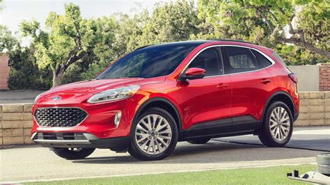 2017 Ford Escape PHEV Owners Manual