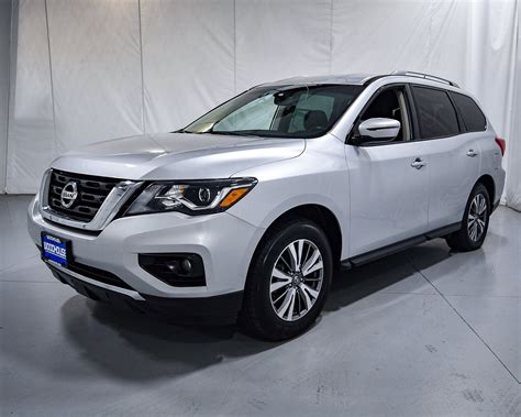 2018 Nissan Pathfinder Owners Manual