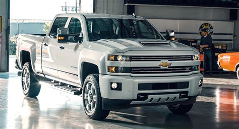 2018 Chevrolet 3500 Owners Manual