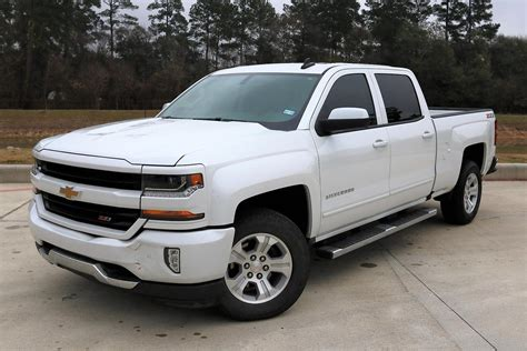 2018 Chevrolet Pickup Owners Manual