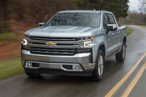 2019 Chevy Silverado LT Owners Manual