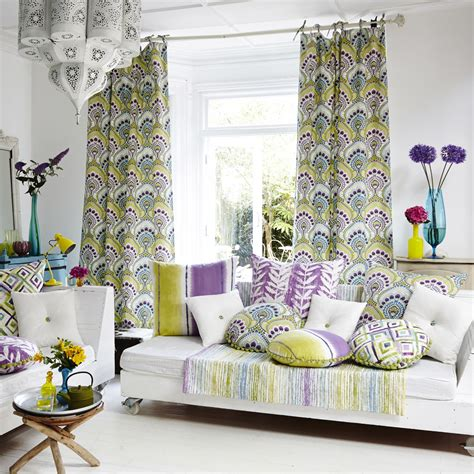 Fabrications Over 1000 Ways To Decorate Your Home With Fabric